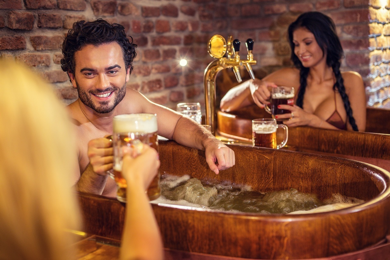 Spa Beerland Realx in Oak Tubs